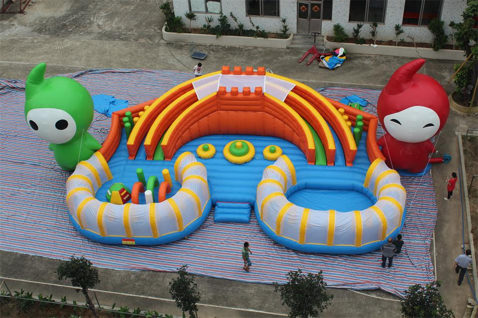 Inflatable elfin slide